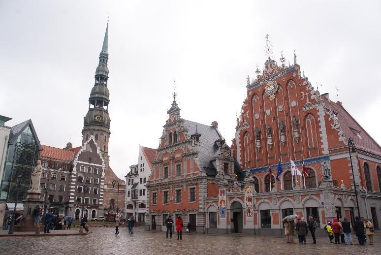 St. Peterskerk en het Zwarthoofdenhuis